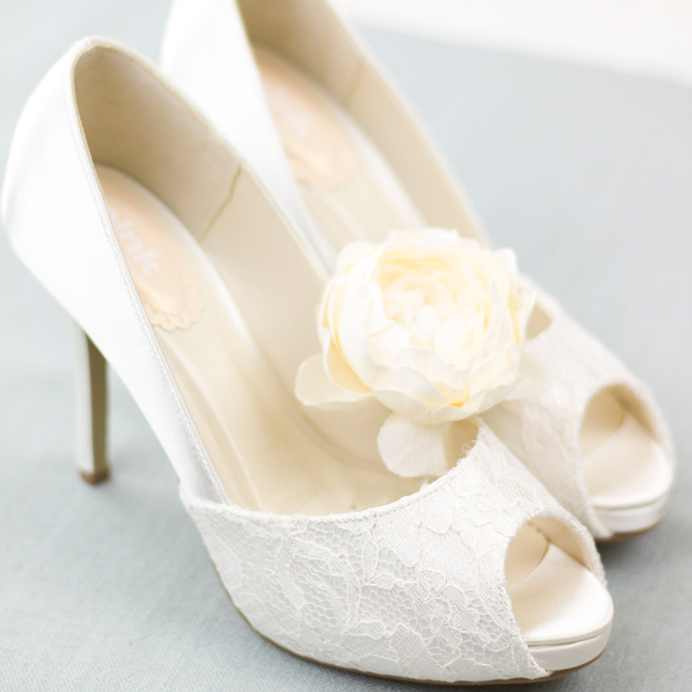 8ef1892b96d0 Complete Guide to Choosing Wedding Shoes